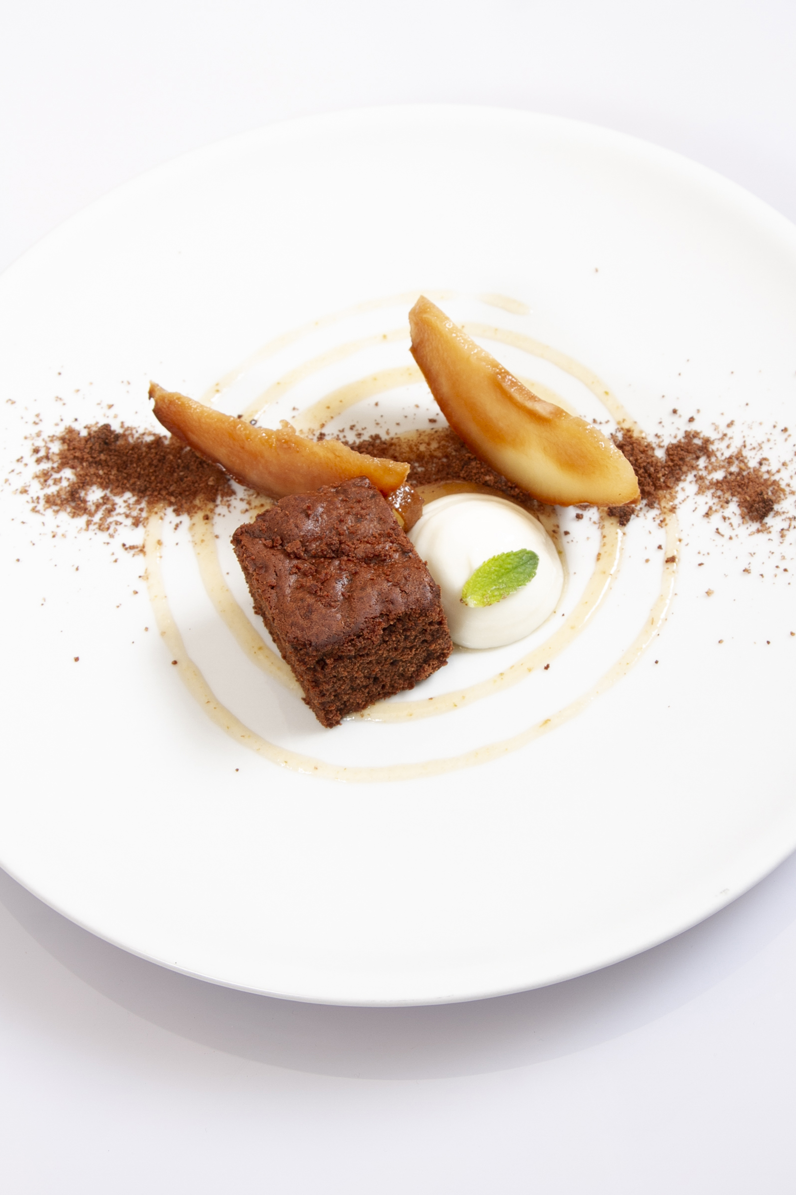 Pear & chocolate cake with ricotta mousse